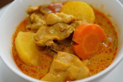 แกงมัสมั่น ゲーンマッサマン チキンマッサマンカレー Chicken Massaman Curry