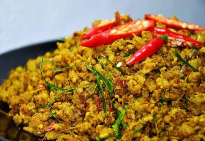 คั่วกลิ้ง クアクリン (鶏肉/豚肉)の激教辛ドライカレー Stir-Fried Spicy(Pork or Chicken)with Yellow Chili Paste(Southern Stye)