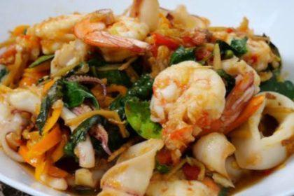 ผัดฉ่าทะเล|パッチャータレー|海鮮辛味妙め|Stir-Fried Spicy Seafood