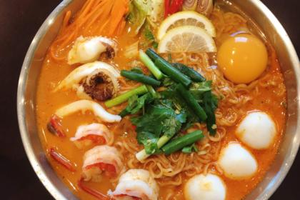 มาม่าหม้อไฟ|ママモーファイ|トムヤムクンラーメン鍋|Tom yum kung ramen hotpot