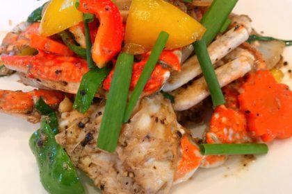 ปูผัดพริกไทยดำ|プーパップリックタイダム|ウタリガニと黒こしょう妙め|Thai fried Crab with Black pepper